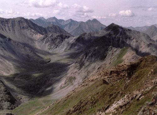 Верховье реки Ара-Хушан-Жалга