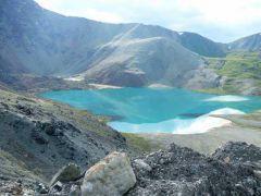 Озеро Ильчир с бирюзовой чистейшей водой