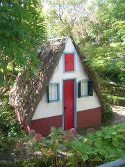 Домик в ботаническом саду